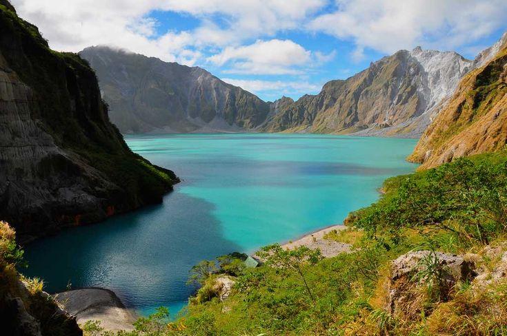 Lago volcánico Monte Pinatubo, Luzón, Filipinas.