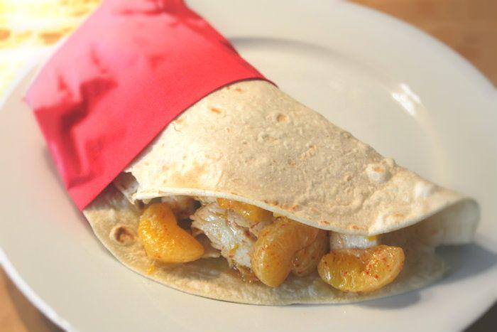 Piatti sani e saporiti: wrap pollo e clementine