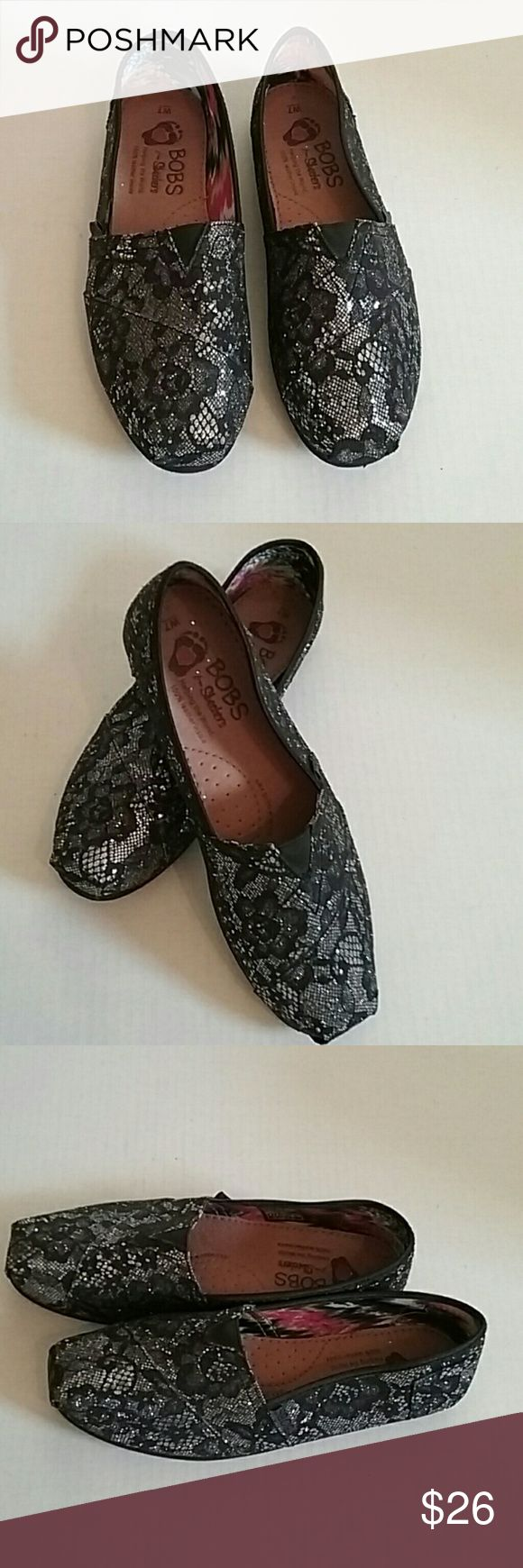 New Sz 7W Bobs black Sparkle Skechers flats A pair of Bobs Skechers black Sparkle flat slip-ons. They are size 7 in. They are in brand new condition Skechers Shoes Flats & Loafers