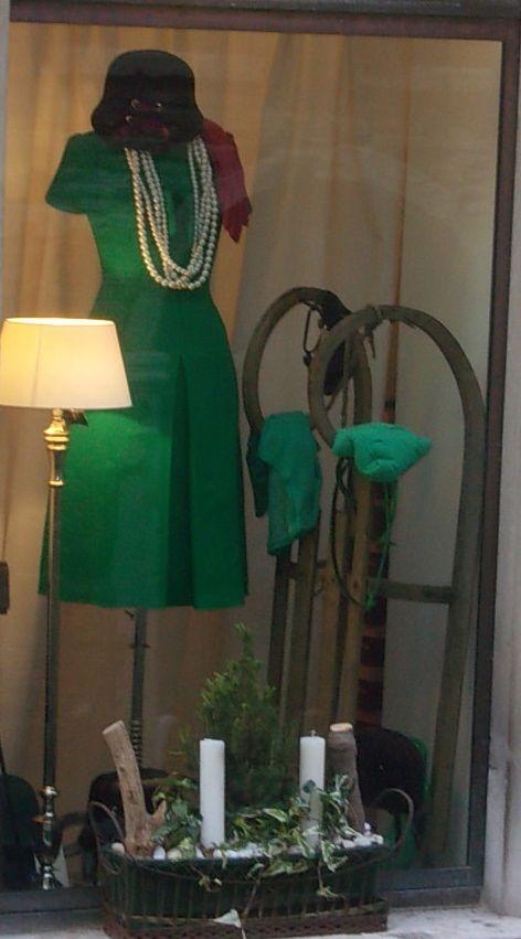 cosa indossare a San Valentino?   un tubino verde, si, ma quale?