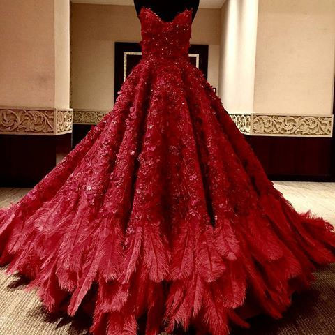 Royal wedding dress with cathedral train. 👰Вuy online Dress 👉www. ruhautecouture.com👈 #свадебныеплатья  #свадьба #невеста #шикарно  #шлейф #краснодар #дагестан #махачкала  #кавказ  #кавказскаясвадьба #couture #wedding #weddingdress #russia #couturedress #michaelcinco #eliesaab  #jacykay #zuhairmurad #gown #swarovski #crystals #hautecouture #gypsy #colorfulwedding #vestidodenoiva #jacykayofficial #gown #weddinggown #ballgown #цыганскаясвадьба