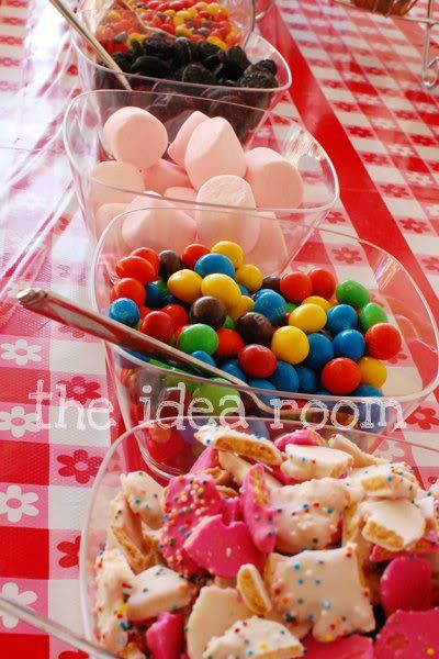 ice cream sundae barIce Cream Parlor Parties, S'More Bar, S'Mores Bar, Wedding Ideas, Parties Ideas Ice Cream Parlor, Ice Cream Sundaes Bar Wedding, Ice Cream Bar, Sundae Bar, Birthday Parties Ice Cream