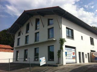 Construction d'un bâtiment béton armé normes sismiques et blocs de garnissage par l'entreprise de construction Castagnet à Ascain