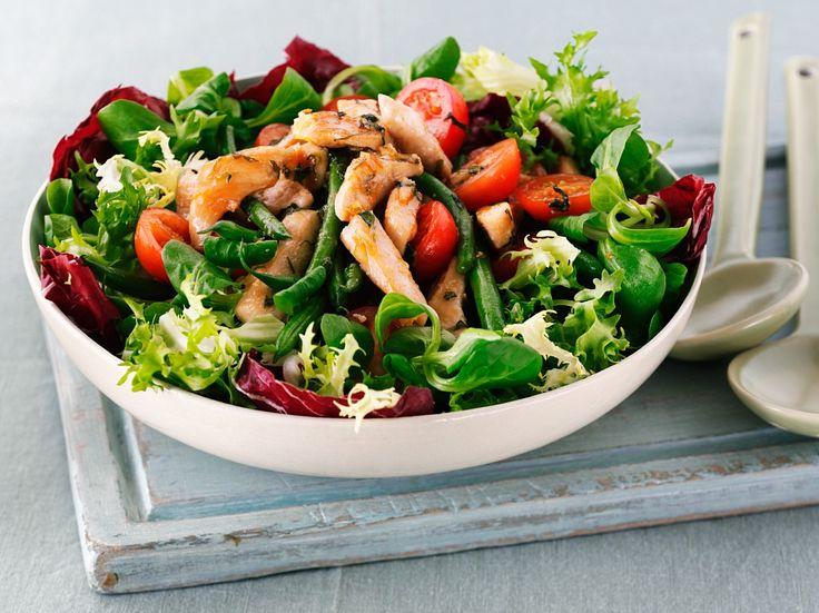 Leckere salate mit hahnchen