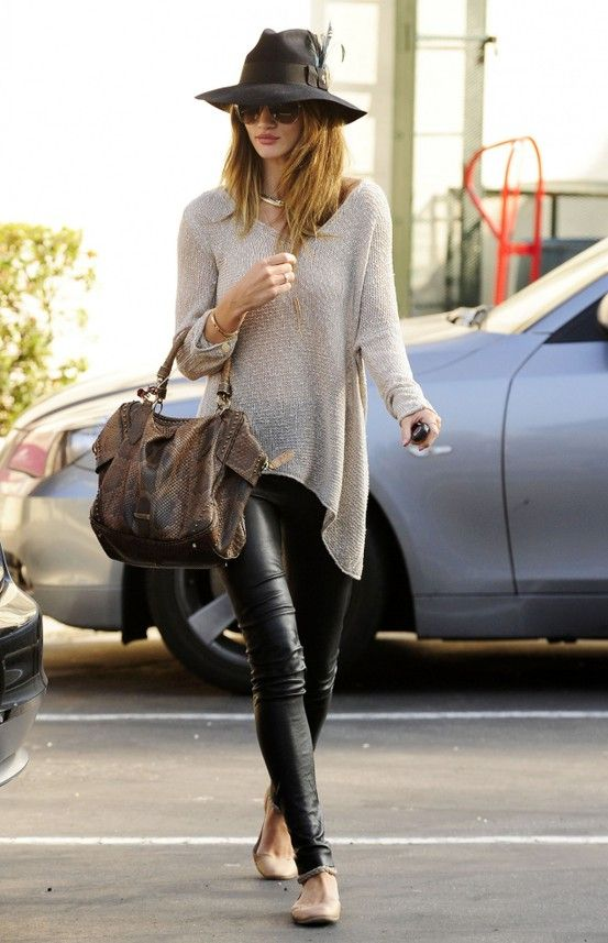 Cool StyleRosie Huntington Whiteley, Fashion, Fall Style, Street Style, Over Sweaters, Black Leather Pants, Ballet Flats, Leather Legs, Rosiehuntingtonwhiteley