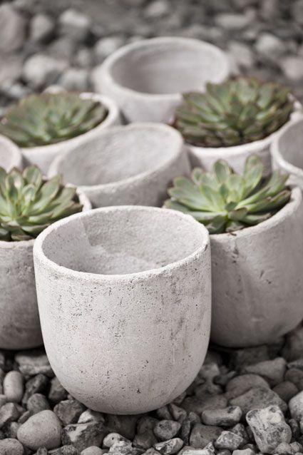 Concrete pots fr. 59 SEK