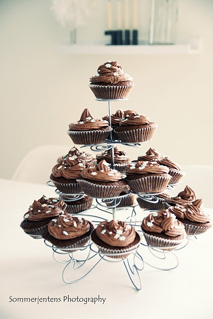 cupcakes ♥ love the holder