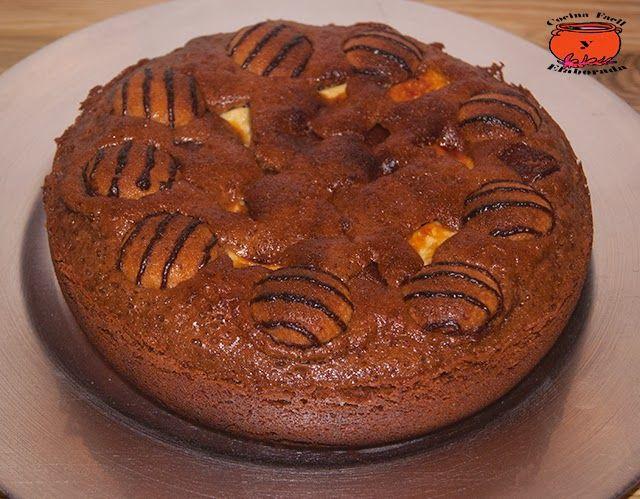 cocina facil y elaborada: BROWNIE DE CHOCOLATE CON GALLETAS DE ALMENDRAS, CHOCOLATE BLANCO Y SNICKERS (OLLA GM)