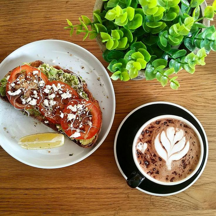 #Avo tomato and an awesome cup of #coffee while you catch up with friends ☺☕💕 simple and sweet. #sydney