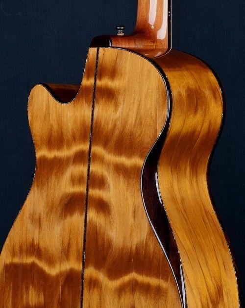 """Acoustic Guitar """"Tui"""" Model - Beautiful"""