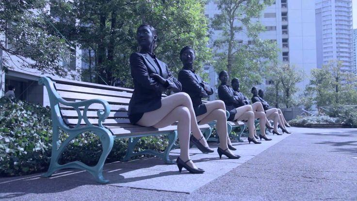 謎の美脚軍団、脚女の美脚ダンスムービー