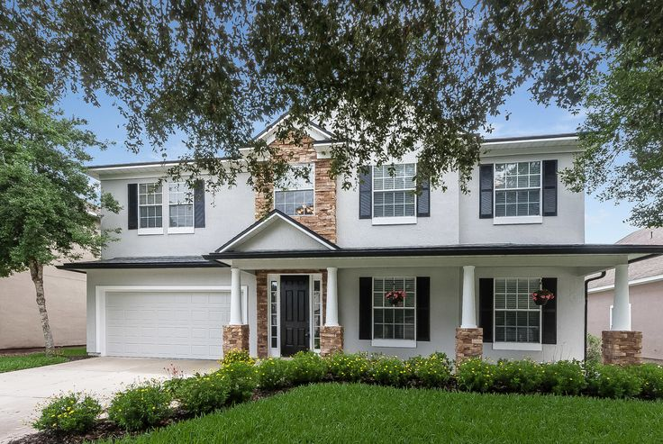 AWESOME SOUTH HAMPTON HOME !  WATER TO GOLF VIEWS 5 BR 3.5 BA HOME....NO CDD FEES.....READY FOR IMMEDIATE OCCUPANCY.  OPEN HOUSE SATURDAY JULY 29TH  1-4 pm