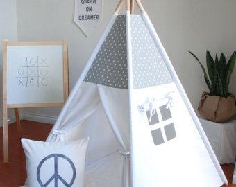 White Canvas Teepee Play Tent Kids Teepee por ShopLittleWanderer