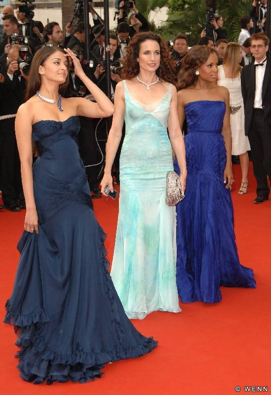 Loving Aishwarya Rai's dress