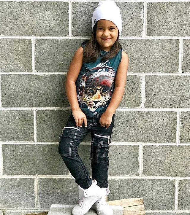 When youve just enjoyed an awesome weekend  Always gorgeous Eva rocks the M-504 the ultimate denim cargo pants  Brand Enthusiasts search coming soon  visit www.mischiefandco.com or tap link in bio @mischiefandco < #mischiefandco #kidsfashion #afterpay #zippay  @all.eyes.on.eva_leo