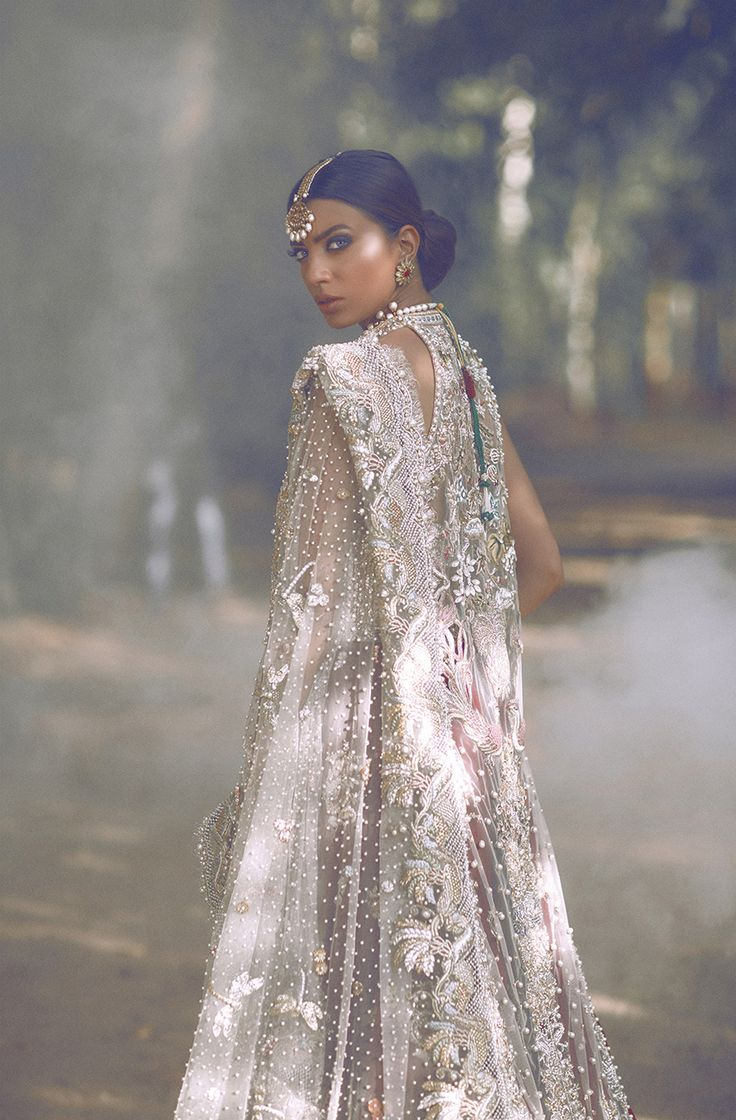 Jasmine Court | Elan l Bridals