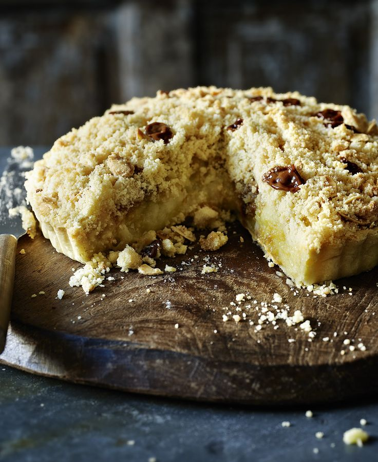 Toffee apple crumble - but in a pie! Who could ask for a better pudding combo?