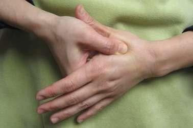 O ponto Ling Gu, comumente usado na tradicional medicina chinesa, ficou conhecido por proporcionar o alívio imediato da dor ciática quando pressionado.