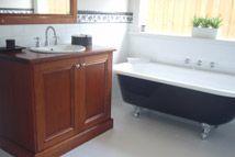 Highview Homes - Homestead 258 Bathroom