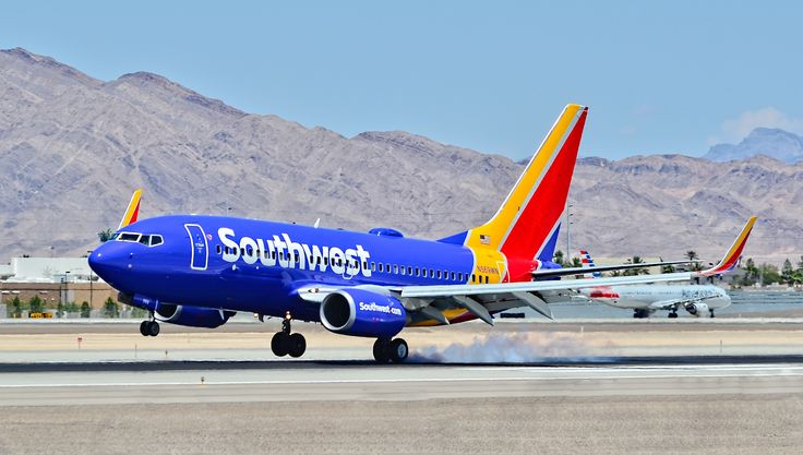 N569WN Southwest Airlines 2002 Boeing 7377CT serial 33656