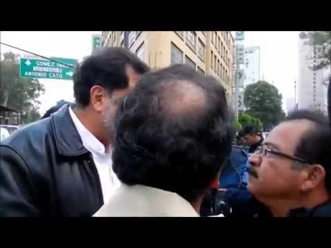 Represión de la policía del DF a @FernandezNoroNa y #ANIMO en el Sentón ...