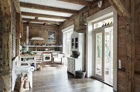 Znalezione obrazy dla zapytania styl rosyjski wnętrza domów drewnianych
