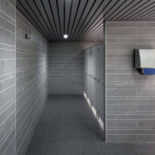 Mosa Terra Maestricht Planks in Gang Bathroom.