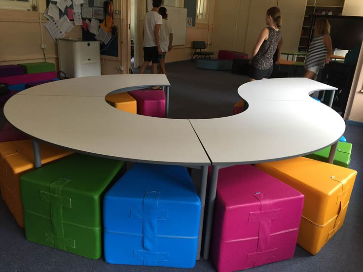 The Seed Collection can be easily reconfigured for any space or activity. Ideal for group collaboration. Writable surface option available.