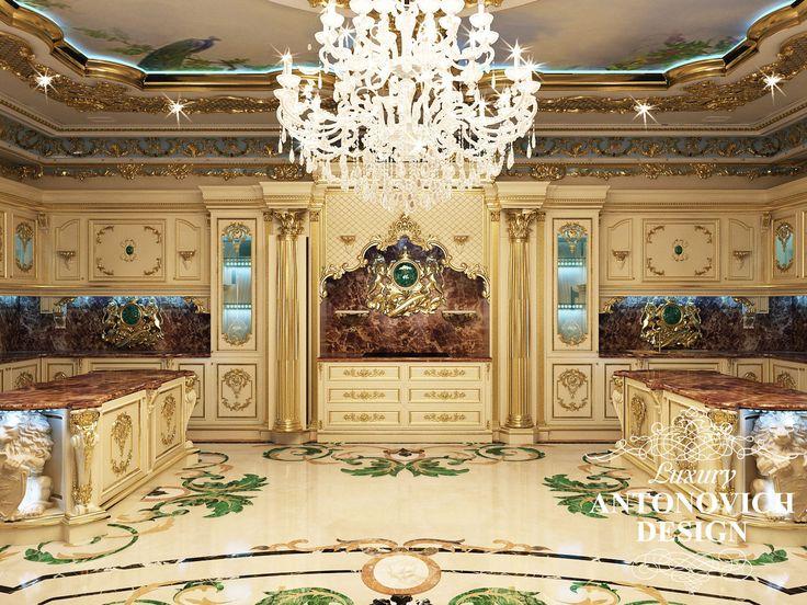 Элитный проект дома с красивой столовой в классическом стиле от дизайн студии Luxury Antonovich Design