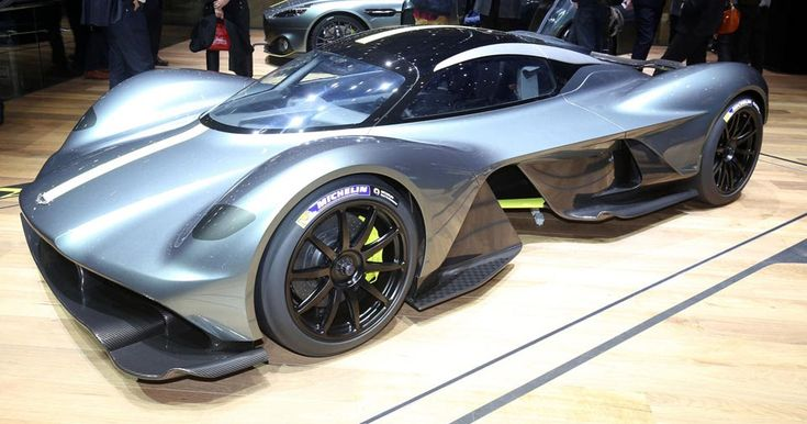 New Aston Martin Valkyrie Scares Off All Other Hypercars In Geneva #Aston_Martin #Aston_Martin_Valkyrie