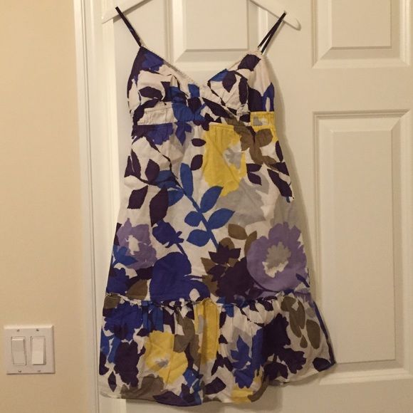 FIRM PRICE- NO OFFERS AE Outfitters Dress Size 4. Purple, white, yellow and blue  floral design. Worn a few times, still in great conditions. American Eagle Outfitters Dresses Backless