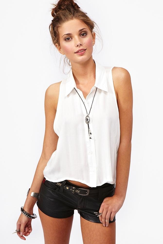 Cloud Nine Shirt: Black Shorts, Leather Shorts, Dazed Crop, Boys Meeting Girls, Summer Outfit, Girls Crop, Crop Shirts, Collars Shirts, Summer Dazed