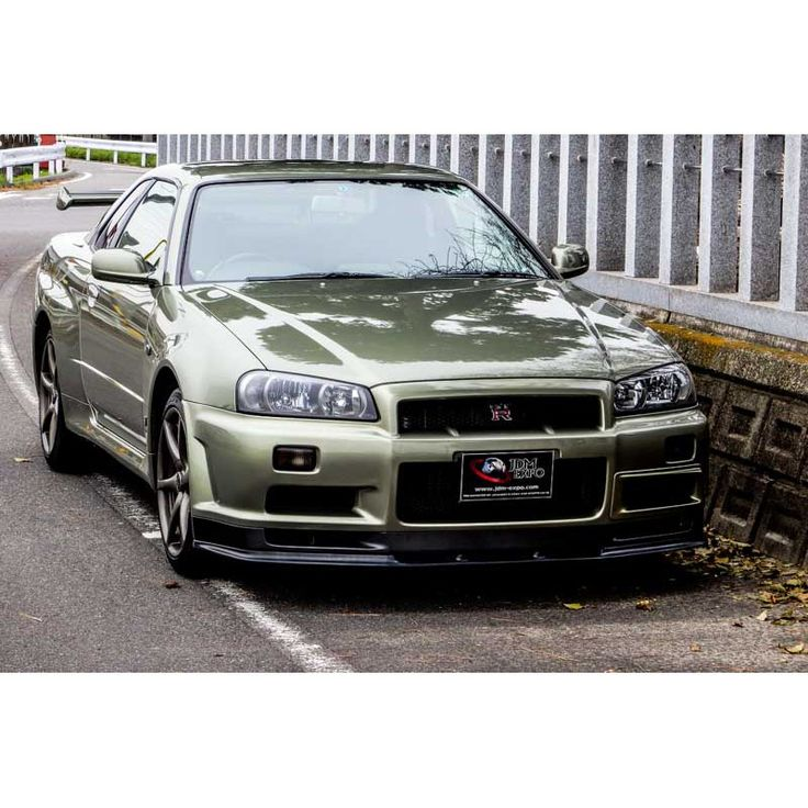 Nissan Skyline GTR M Spec Nur In Millennium Jade Color At JDM EXPO