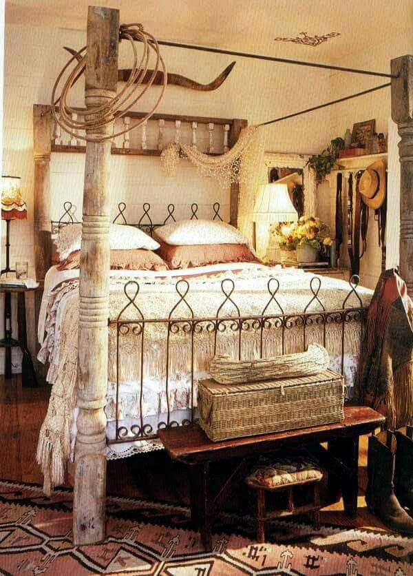Spanish Influence western home. The bed!