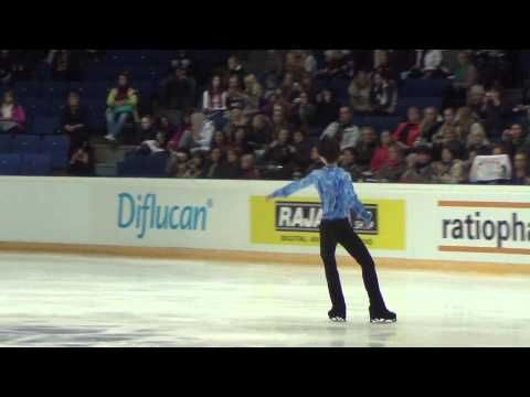 Finlandia Trophy Yuzuru HANYU warm-up before SP 00055 - YouTube
