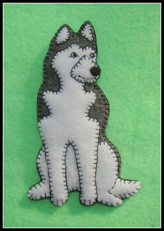 Siberian Husky Handmade Felt Christmas Ornament-slash-Refrigerator Magnet-Original design-Cute dog gift idea.