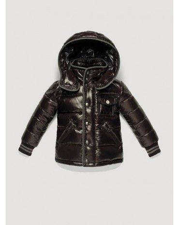 Le meilleur prix sur vestes Moncler. Acheter maintenant.
