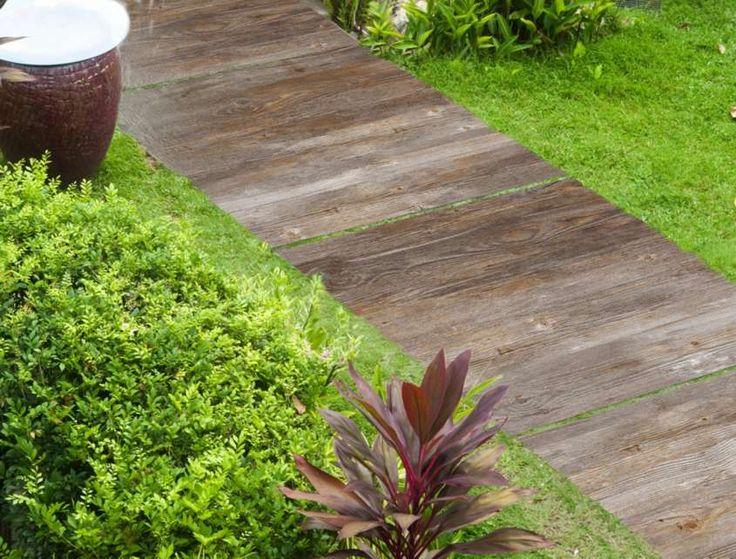 Pavimento in finto legno per esterni - Piastrelle effetto legno invecchiato