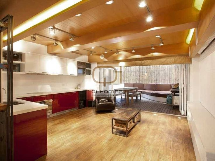 [FOR SALE] HK$12.8M | 14-18 STAUNTON STREET  | Soho | Hong Kong.  Very Unique Combined Loft Inspired Flat offering 690 sq ft net of livable area and two terraces back and front close to popular Soho restaurants and bars  Age: 1974  Size(n): 690 sq ft net  1 Bed, 1 Bath Contact: Anthony 9105 1406  Anthony@qi-homes.com