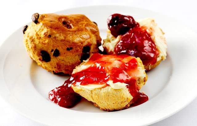 William Drabble's simple scone recipe is great to try if you are new to baking scones. This delicious recipe features sultanas and currants.
