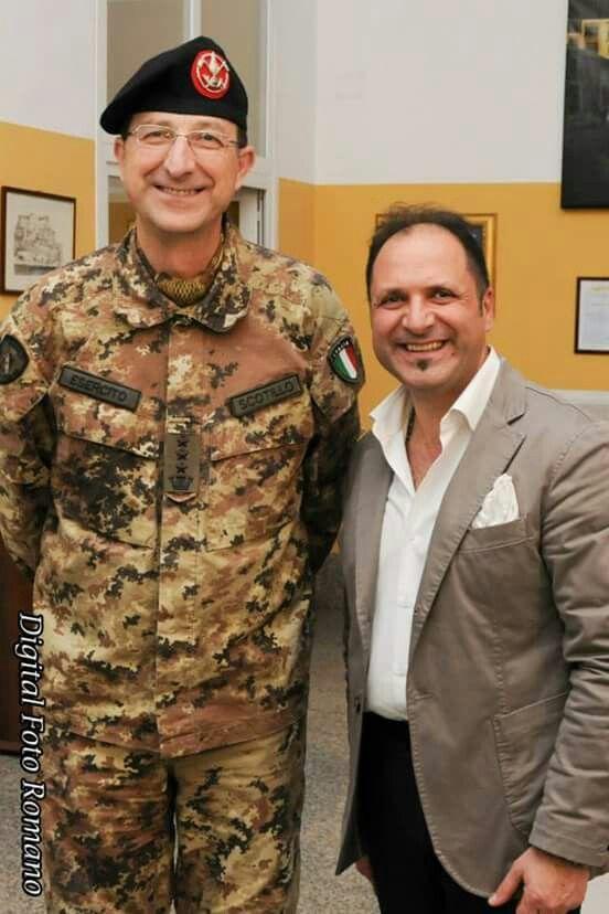Il comandante Scotillo e lo stilista nunziorusso