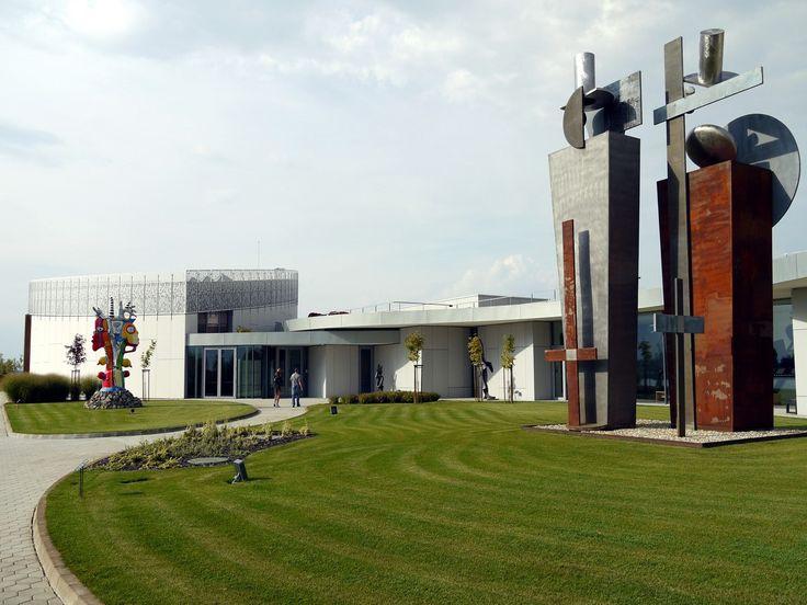 Čunovo – Oasis of Art and White Water #modernart #gallery #Danubiana #Danube #museum #modernarchitecture #moderneumenie #galéria #múzeum #modernáarchitektúra #art #umenie #Dunaj
