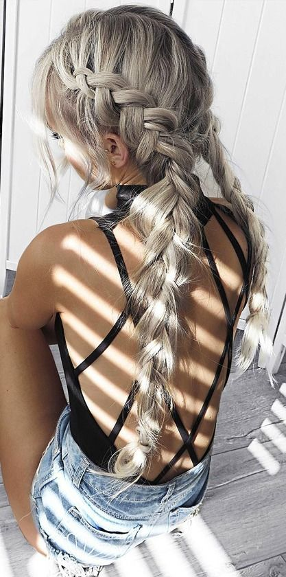 These braids are so gorgeous, and I'm in love with the silver hair color. Although I would never have the guts to do my hair like this I can see why she dyed it this way, its gorgeous! I also am loving the open back top, so tumblr and summer-y -Xoxo, Ari