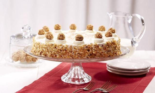 Eine sahnige Torte mit Giotto für die Kaffeetafel