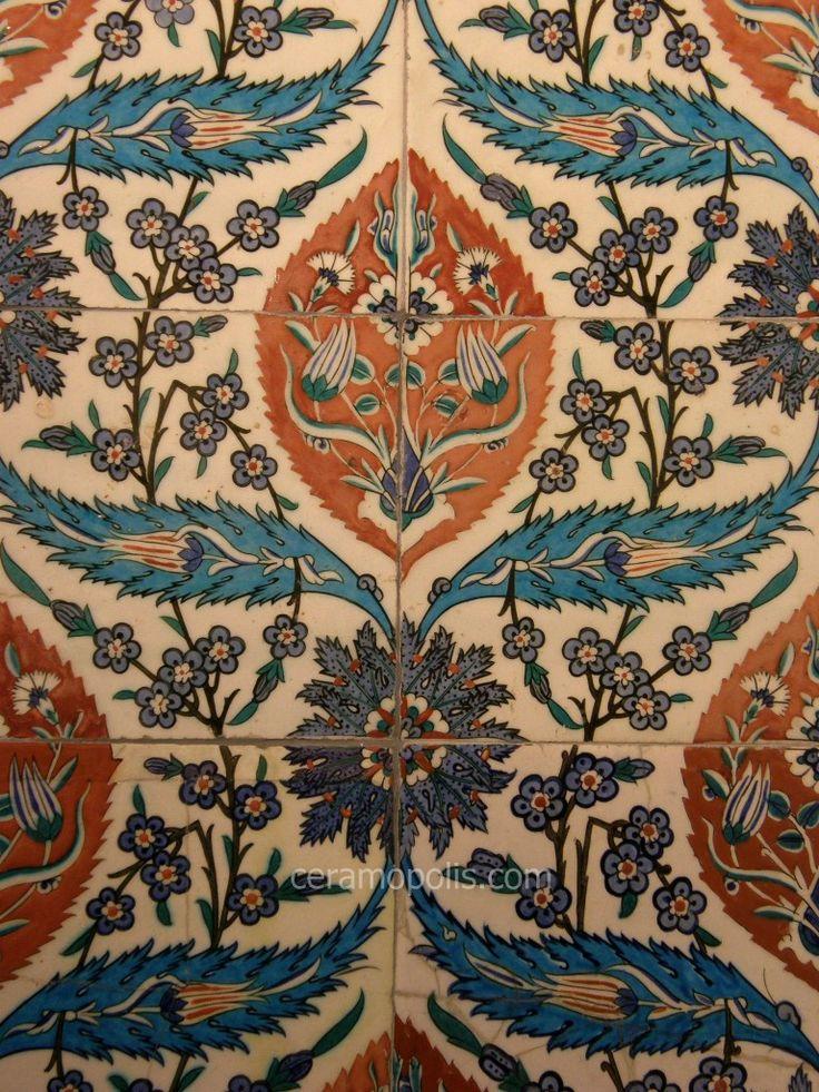 Iznik 16th – Benaki Islamic Museum Athens Greece