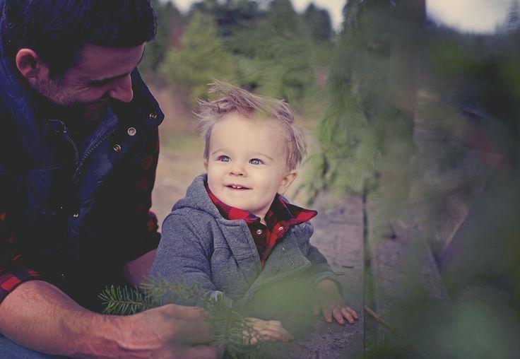 Vancouver Island Family / Family Photography / Christmas Tree Farm Family Photos / Island Moments Photography