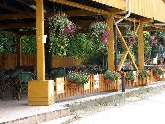 DK AKORD   Restaurace   Letní zahrada