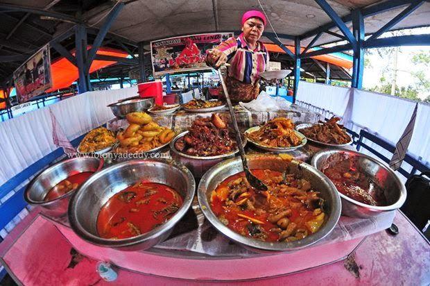 Nasi Kapau - Bukittinggi - West Sumatera - Indonesia