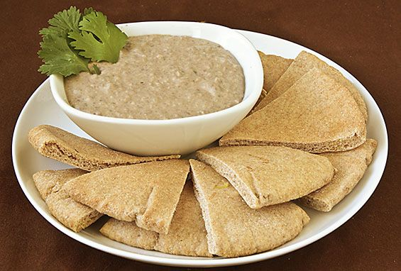 Black Bean Hummus--love Hummus, never had it made with black bean, so I will definitely be trying this recipe.