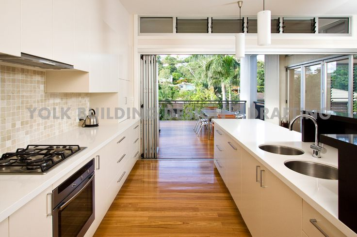 Beautifully renovated large house in Hamilton, QLD